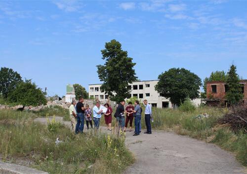 У Славуті атовцям хочуть запропонувати земельні ділянки на території колишнього заводу
