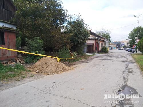 У Шепетівці внаслідок обвалу стіни будинку пошкодився газогін