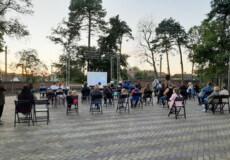 Славутчани український фільм «Герой мого часу» переглянули у кінотеатрі просто неба