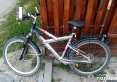 У Шепетівці підліток намагався сам зупинити крадія велосипеда