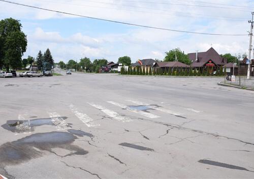 У Шепетівці після ремонту перехрестя впровадять круговий рух
