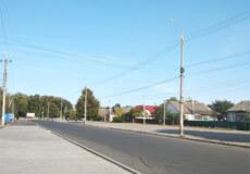 Підприємство Шепетівщини встелило дорожнє покриття у Славуті