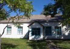 У селі на Шепетівщині нема магазину, втім, є Будинок культури