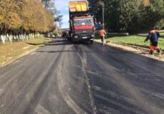 На Ізяславщині ремонтують дороги