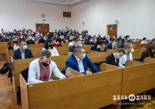 У Шепетівці відбулася перша сесія міської ОТГ восьмого скликання