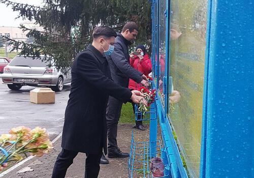 На Шепетівщині вшанували пам'ять Героїв Небесної Сотні