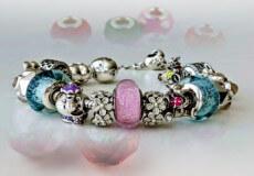 Позачасові прикраси— браслети для жінок