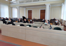На останній сесії райради депутати затвердили розцінки на платні послуги в Шепетівській ЦРЛ