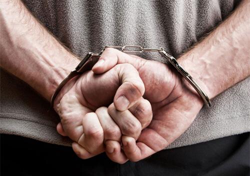 На Хмельниччині затримали 26-річного чоловіка за підозрою у зґвалтуванні 12-річної дівчинки