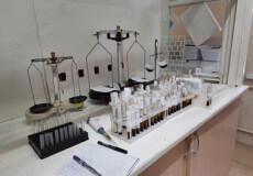 Клініко-діагностична лабораторія Шепетівської ЦРЛ щодень проводить 6000 аналізів