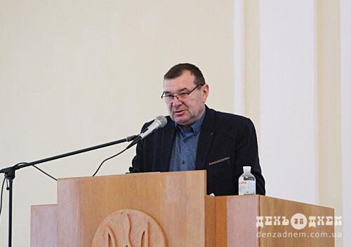 На другій сесії Шепетівської райради обрали заступників голови