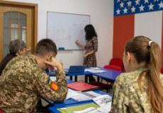 У Хмельницькому атовці можуть безкоштовно вивчати англійську мову