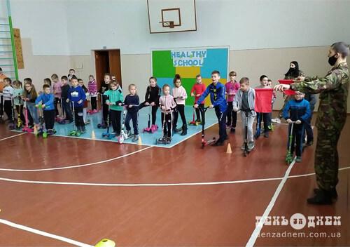 Спільнота Шепетівського НВК №1 креативно пропагує здоровий спосіб життя