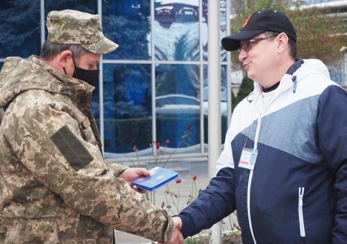 Працівники Хмельницької АЕС отримали відзнаки від ЗСУ