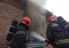 На Шепетівщині внаслідок пожежі травмувалася пенсіонерка