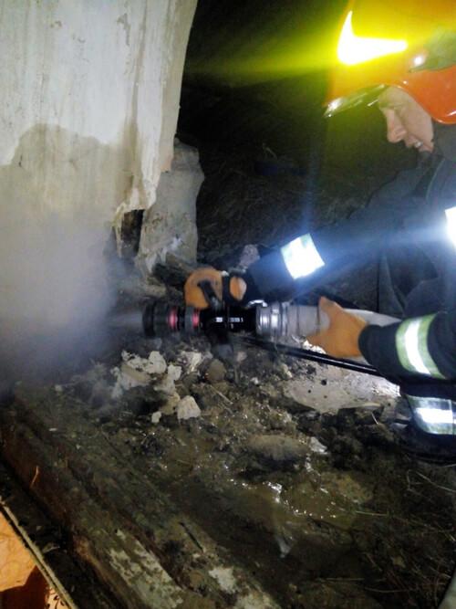 У Шепетівському районі пожежники врятували 55-річного селянина