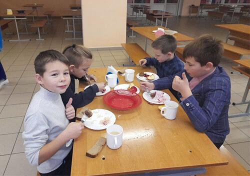 У славутських навчальних закладах взято курс на здорове харчування
