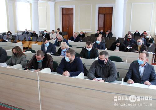 Депутати району зволікають із передачею Шепетівського Центру ПМСД на баланс міста