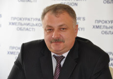 Екс-шепетівчанин виграв у суді 2 мільйони гривень за незаконне звільнення із прокуратури Хмельницької області
