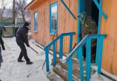 У Шепетівській ТГ полісмени після негоди «відкопували» одиноких бабусь
