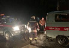 У Шепетівському районі в багні застрягла швидка допомога