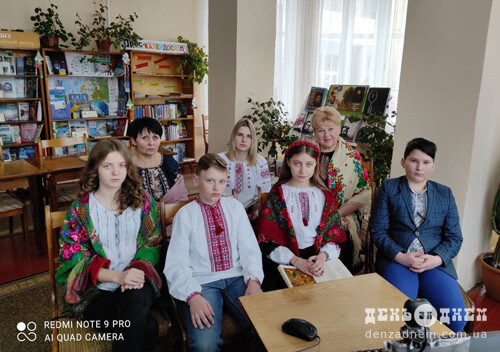 Шепетівські школярі приєдналися до марафону «Хмельниччина читає Шевченка»