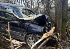 На Ізяславщині внаслідок ДТП травмувався 28-річний чоловік