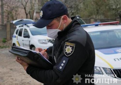 У Славуті патрульні зупинили водія, який був позбавлений права керування