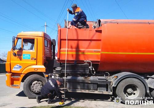 У Славуті сталася ДТП за участю сміттєвоза та 80-річної бабусі