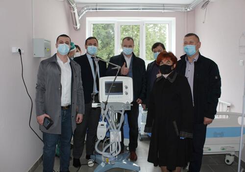 Славутській лікарні подарували сучасний апарат ШВЛ європейського виробництва