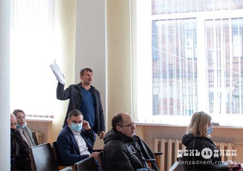 Лебідь, рак та щука: як передавали Шепетівський центр ПМСД