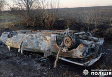 Троє травмованих: на Хмельниччині внаслідок ДТП згоріло авто