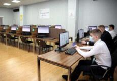 У квітні на водіїв Хмельниччини чекають оновлені екзаменаційні білети з ПДР
