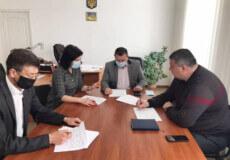На наступній сесії райради розглянуть питання погашення заборгованості працівникам Білогірщини та Ізяславщини