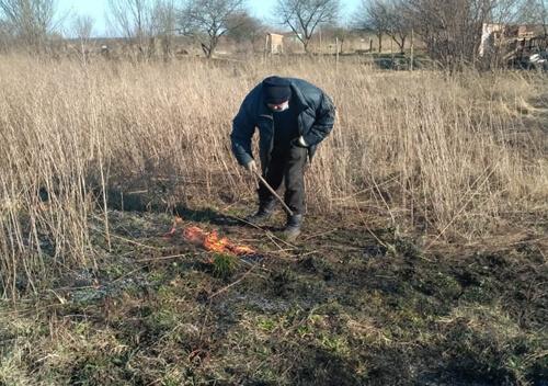 Кілька тисяч гривень доведеться сплатити паліям сухої трави, якщо їх полісмени впіймають на гарячому