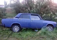 На Славутчині п'яний чоловік вкрав авто в сусіда