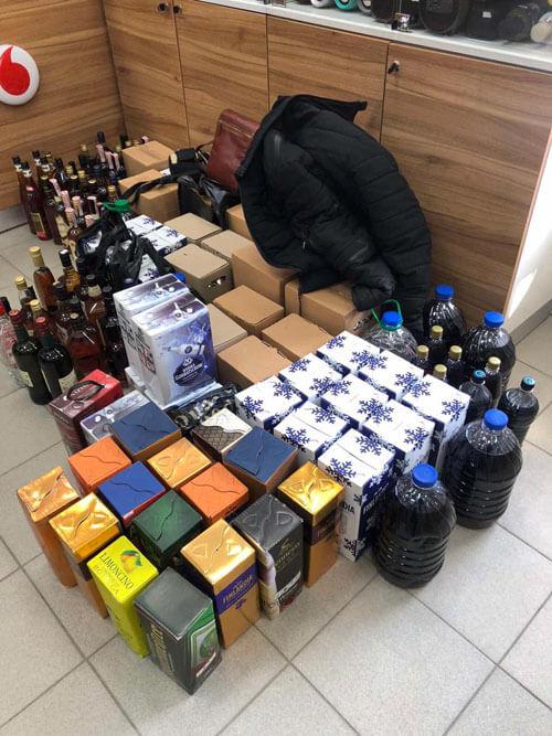 На Хмельниччині в підприємця виявили 1600 літрів фальсифікованого алкоголю