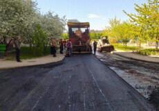 У Нетішині ПП «МВМ-13» ремонтує внутрішньодворову дорогу