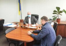 У Славуті податківці зустрічаються з підприємцями, які звітують про відсутність діяльності