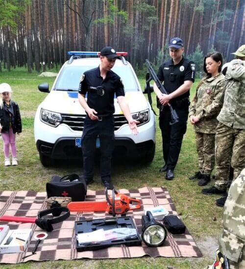 Поліцейські Шепетівщини долучилися до Всеукраїнської дитячо-юнацької гри «Сокіл»