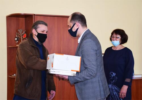 Міський голова Шепетівки зустрівся із прийомними батьками
