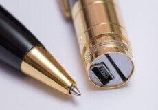 За зберігання ручки, яка обладнана прихованою камерою і мікрофоном, житель Полонщини сплатить штраф