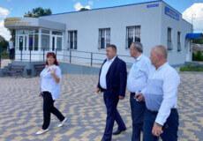 Очільник Шепетівського району відвідав сучасний ЦНАП однієї з громад