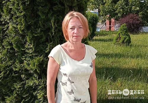 Ізяславчанка Ольга Ящук в'яже іграшки