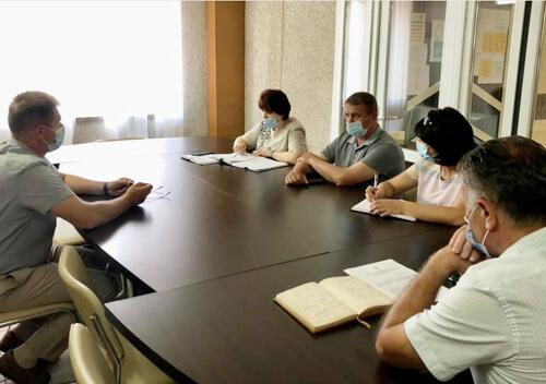 У Нетішині вирішили, хто з молоді отримає по 1000 грн премії та відзнаки міського голови