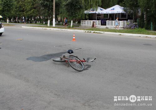 У Шепетівці на проспекті збили 75-річного велосипедиста