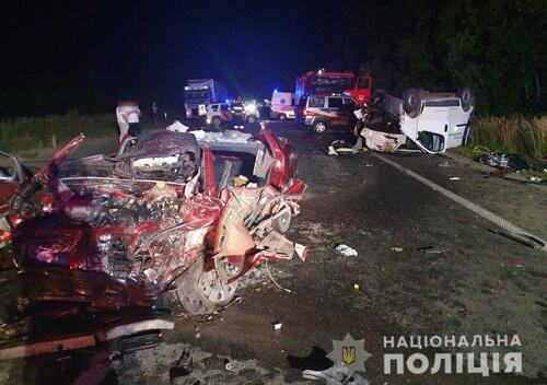 У сусідній області внаслідок автотрощі загинуло подружжя з Шепетівського району(Оновлено)