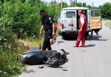 У Шепетівському районі внаслідок падіння зі скутера загинула 70-річна пенсіонерка