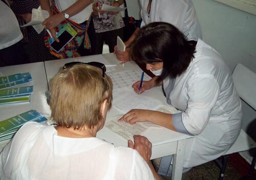 У Шепетівці за два дні роботи центру масової вакцинації щепилися 340 осіб