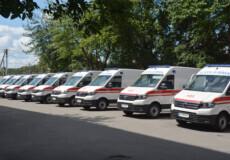 Нові автомобілі «швидкої допомоги» отримали дві громади Шепетівського району
